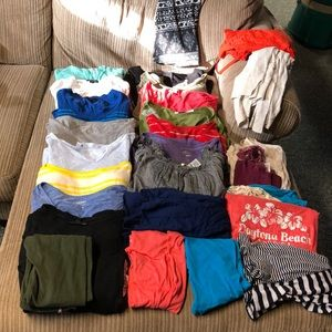 Small Clothing Bundle *Flawed*